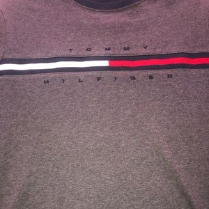 Men's Tommy Hilfiger tee size small